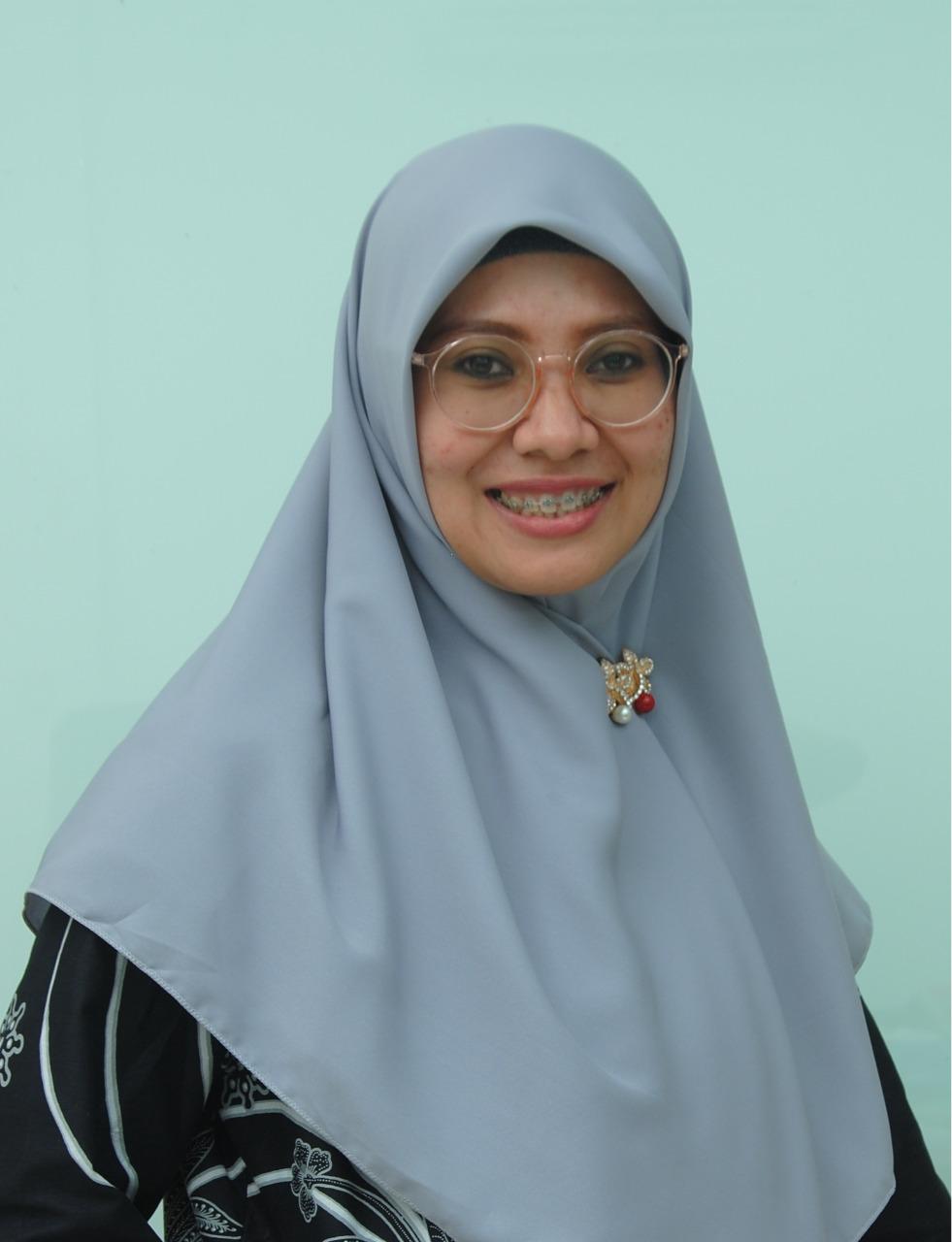 <strong>Syarifah Gustiawati Mukri</strong>